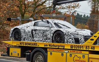 Audi R8 GT3 & Porsche 911 GT3
