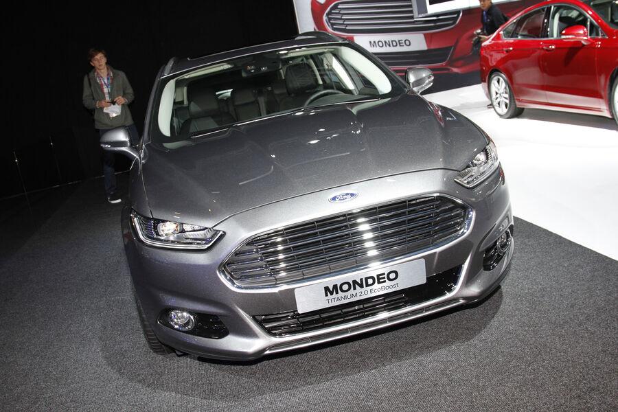neuer ford mondeo 2013 in paris das sch ne neue welt auto auto motor und sport. Black Bedroom Furniture Sets. Home Design Ideas