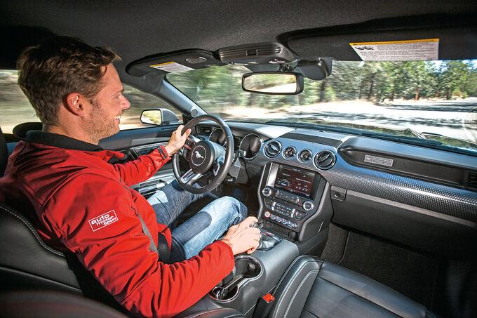 Ford Mustang, Cockpit, Fahrersicht