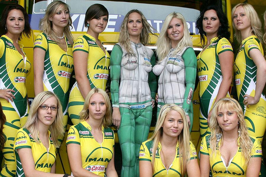 Grid Girl-Vergleich: Trucker-Bräute vs. Formel 1-Mädels