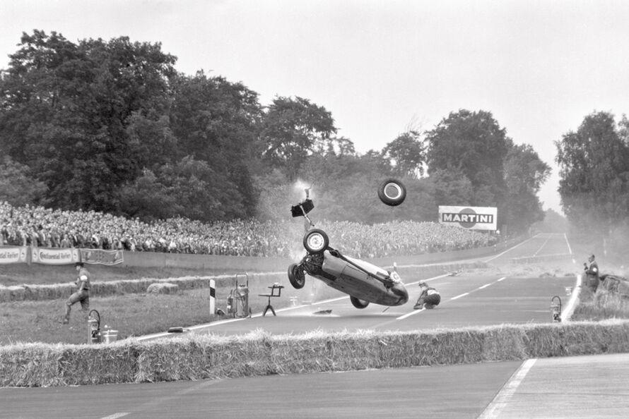 Hans-Herrmann-Unfall-1959-Avus-B-R-M--c8