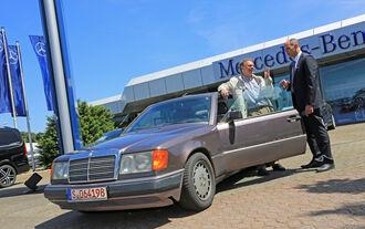 Zeitreise im Mercedes 230 CE
