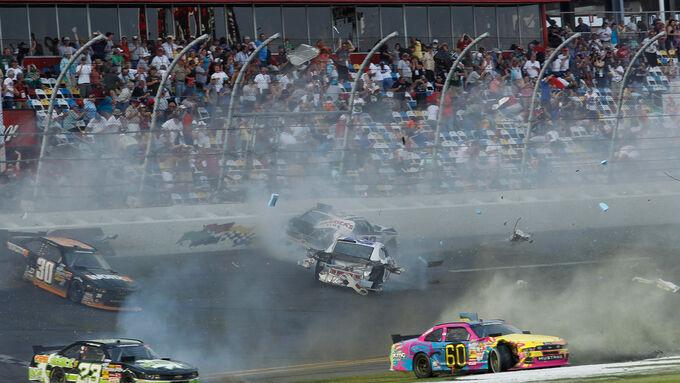 NASCAR Crash Kyle Larson
