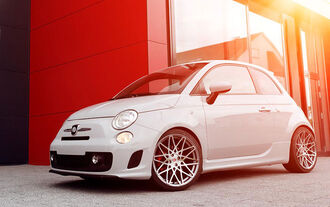 Pogea Racing Abarth 500