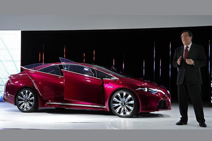 Plug in hybrid auf der detroit motor show hybridlimousine für 2015