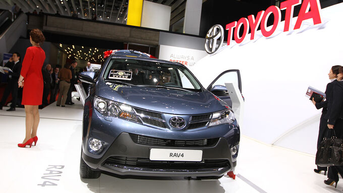 toyota rav4 auf dem autosalon genf mal premium mal. Black Bedroom Furniture Sets. Home Design Ideas