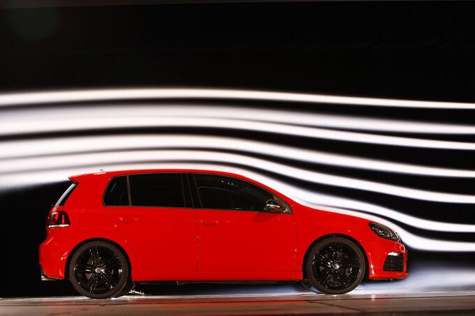 [Bild: VW-Golf-R-fotoshowImage-75ffd0c3-420732.jpg]