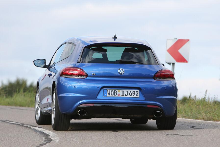 [Bild: VW-Scirocco-R-Heckansicht-19-fotoshowIma...652437.jpg]