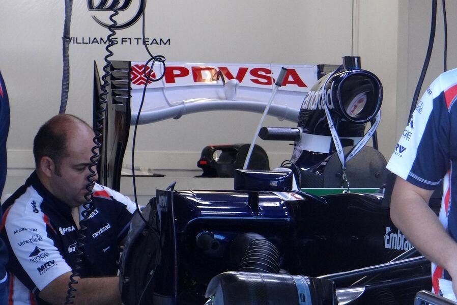 http://img4.auto-motor-und-sport.de/Williams-Formel-1-GP-Kanada-7-Juni-2012-19-fotoshowImageNew-7a1b9c3b-602534.jpg